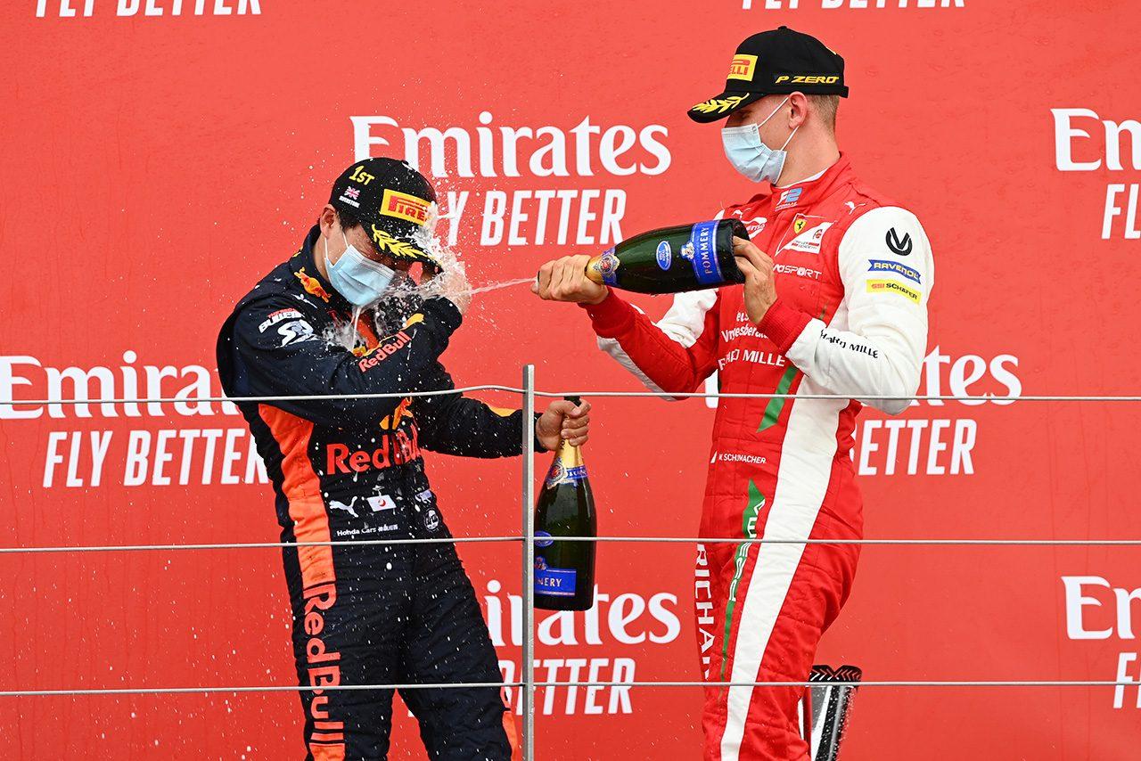 2020年FIA-F2第5戦イギリス レース2表彰台