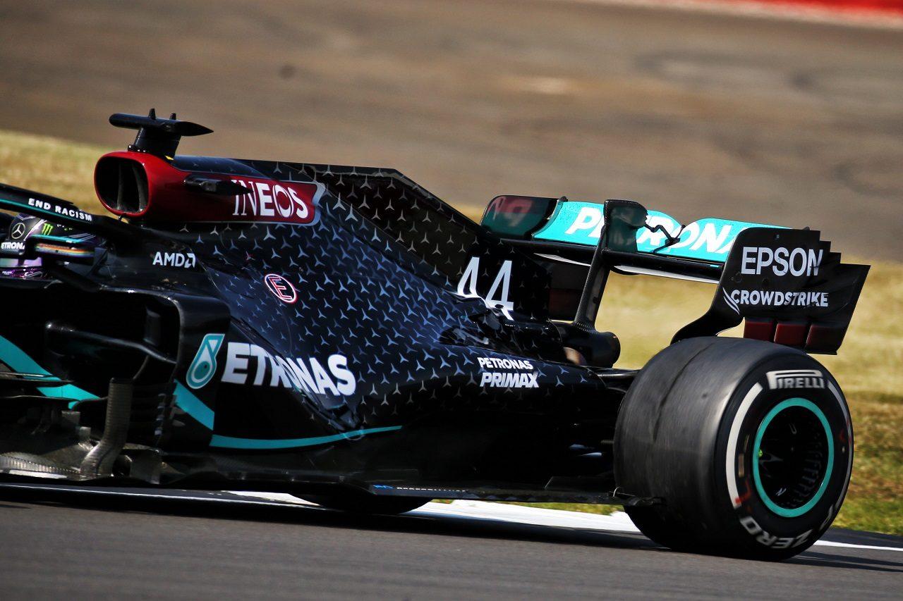 2020年F1第5戦70周年記念GP決勝 ルイス・ハミルトン(メルセデス)のリヤタイヤ