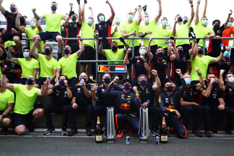 F1 | 【SNSピックアップ】F1 70周年記念GP(3):祝レッドブル・ホンダ今季初優勝。予選の駆け引きから歓喜の瞬間まで一気見