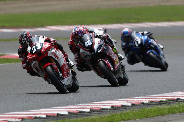 MotoGP | 高橋裕紀が新クラス初のレースを制す。2位はBMWの星野/全日本ロード第1戦SUGO ST1000 決勝