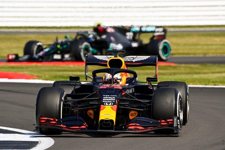 F1   レッドブルのホーナー代表「同じ戦略を採るチームがいなかったことに驚いた」/F1第5戦決勝会見