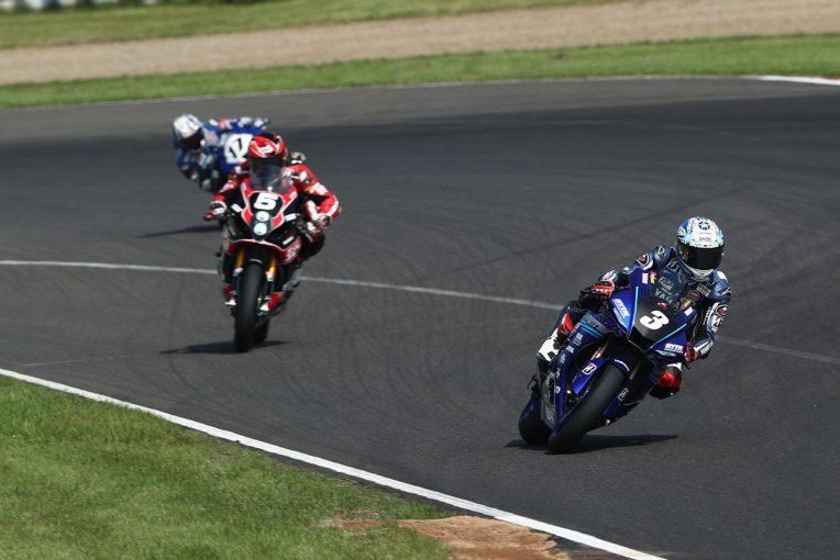 MotoGP | 野左根、ドライも攻略し開幕2連勝。水野涼は追い上げて2位表彰台獲得/全日本ロード第1戦SUGO JSB1000レース2