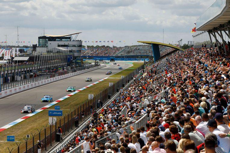 海外レース他   DTM:9月のオランダ・アッセン戦で1万人の観客を迎えて開催