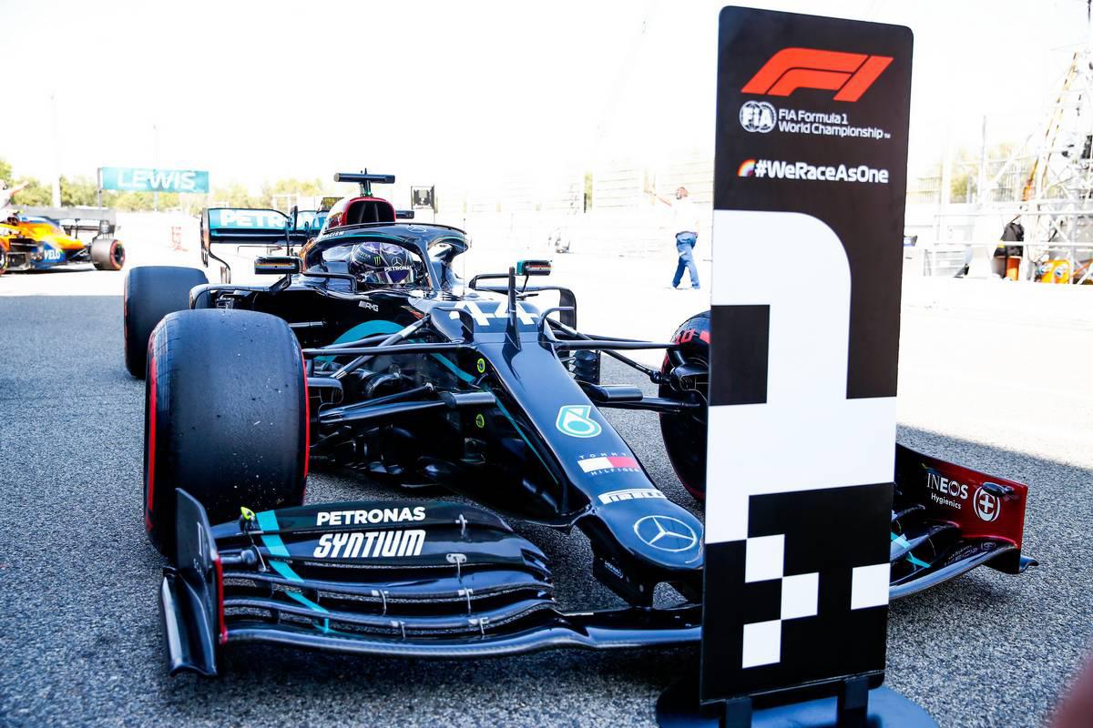 Photo of ハミルトンがPP獲得、メルセデスが1-2で予選を制す。フェルスタッペンは0.7秒差の3番手【F1第6戦予選】 | F1 | autospor | オートスポーツweb