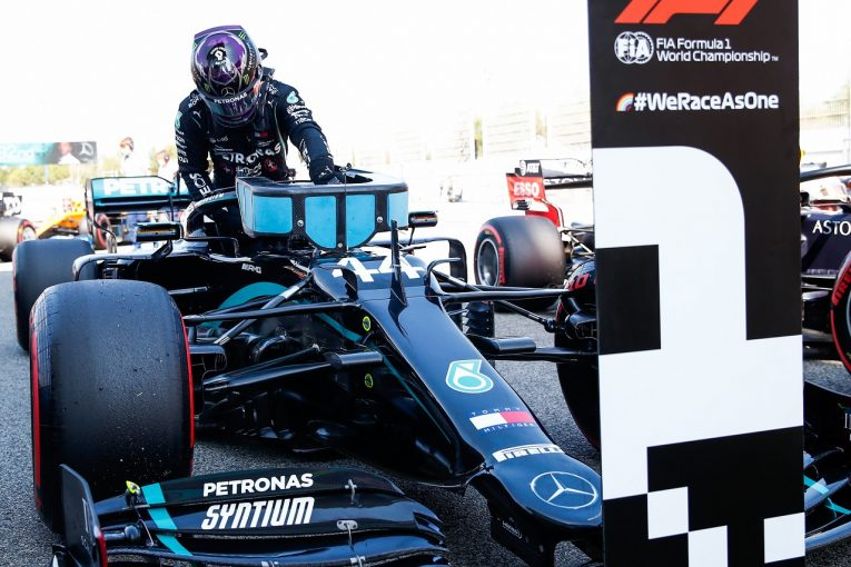 F1   ポールのハミルトン「タイヤトラブルは再発しないと思うが断言はできない」メルセデス【F1第6戦予選】