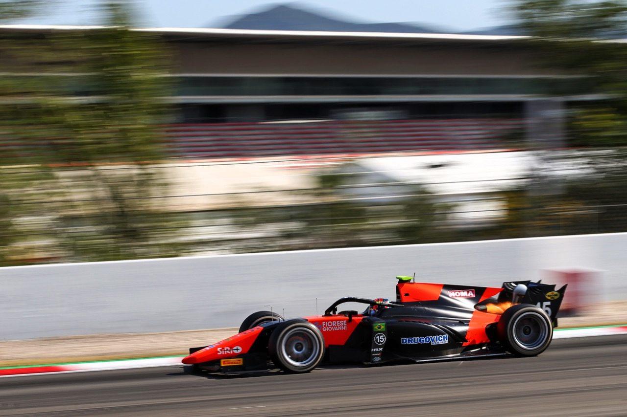 FIA-F2第6戦スペイン レース2:4位の角田裕毅がランキング4番手に浮上。松下信治は5位、ドルゴヴィッチが2勝目