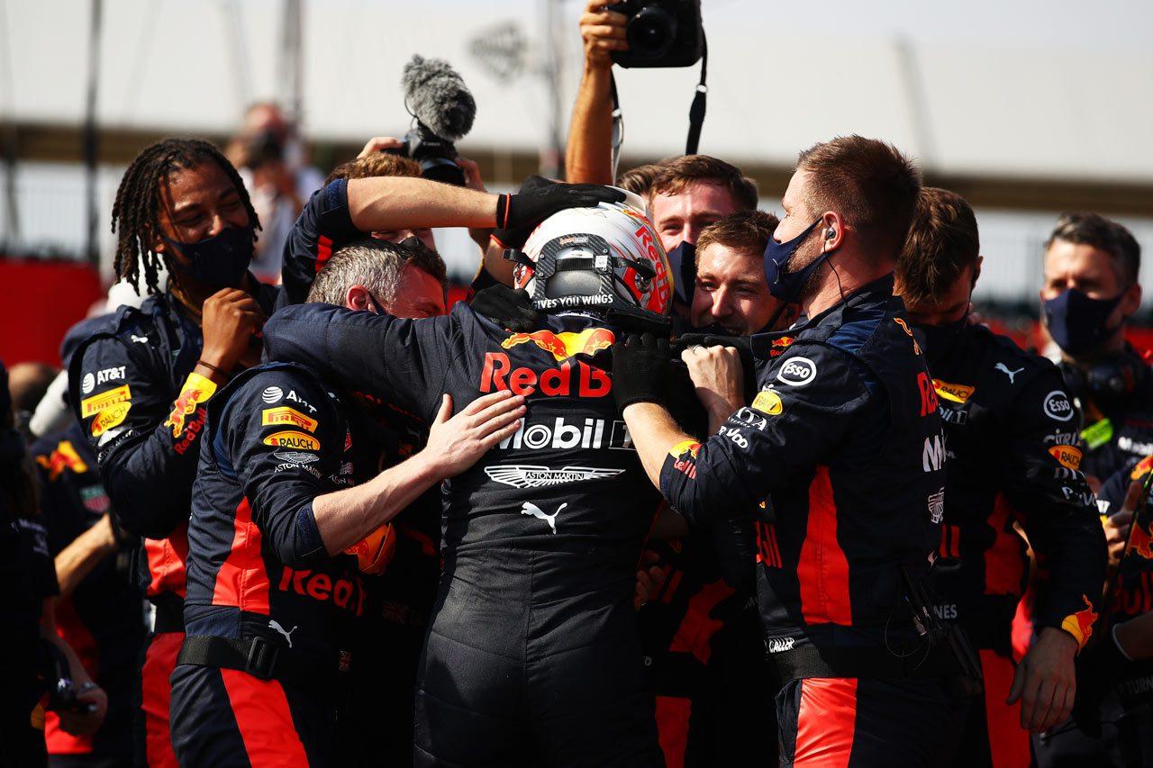 今季初優勝を手にしたチームワークとフェルスタッペンの腕の結晶【F1第5戦70周年GP】