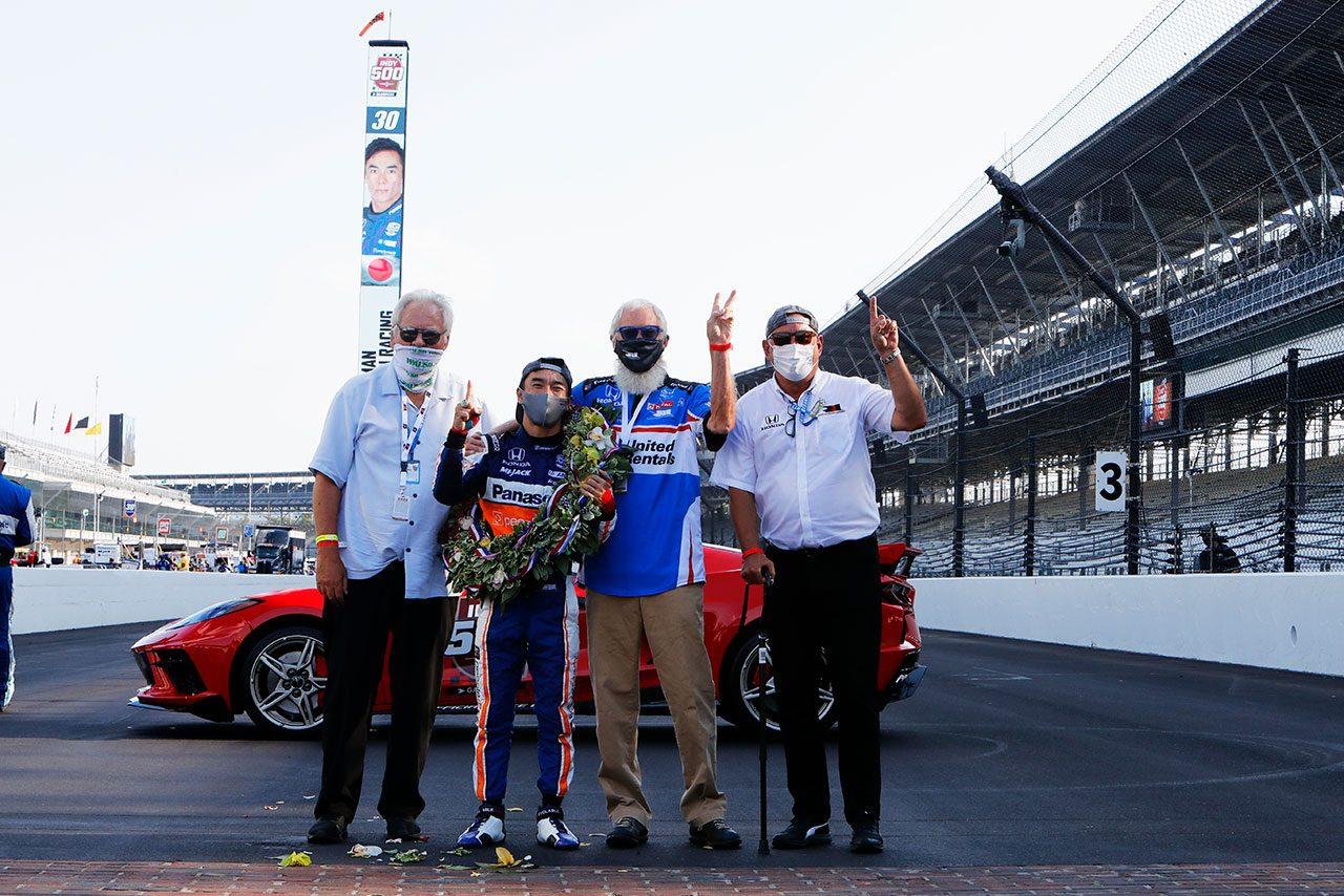 2017年以来の歴史的快挙を達成した琢磨。インディ500マルチ勝利20人目のドライバーに