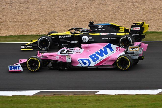 2020年F1 70周年記念GP ニコ・ヒュルケンベルグ(レーシングポイント)とダニエル・リカルド(ルノー)