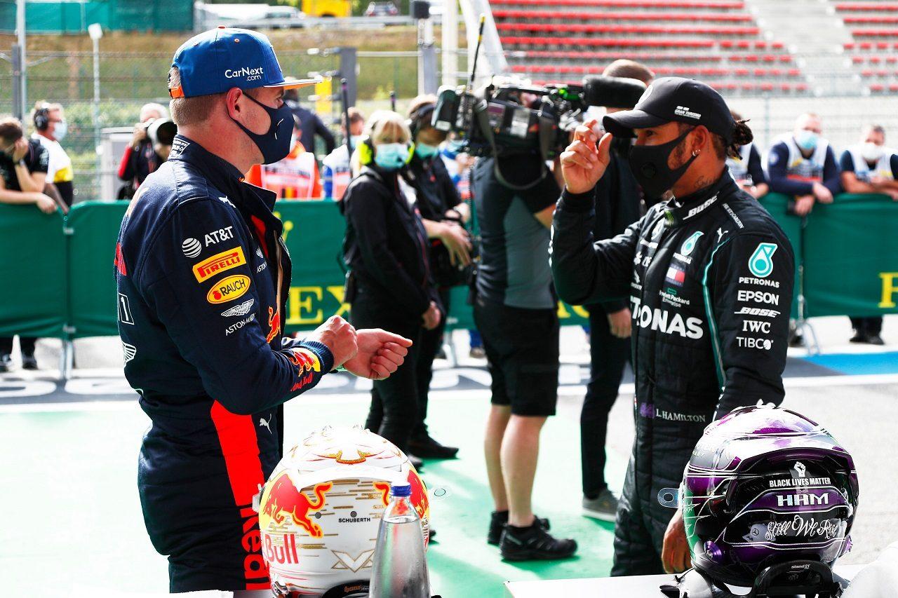 2020年F1第7戦ベルギーGP予選 3番手のマックス・フェルスタッペン(レッドブル・ホンダ)とポールポジションを獲得したルイス・ハミルトン(メルセデス)