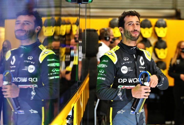 F1 | リカルドがファステストラップを記録「予選ラップよりうまくいったかも!」ルノー【F1第7戦決勝】