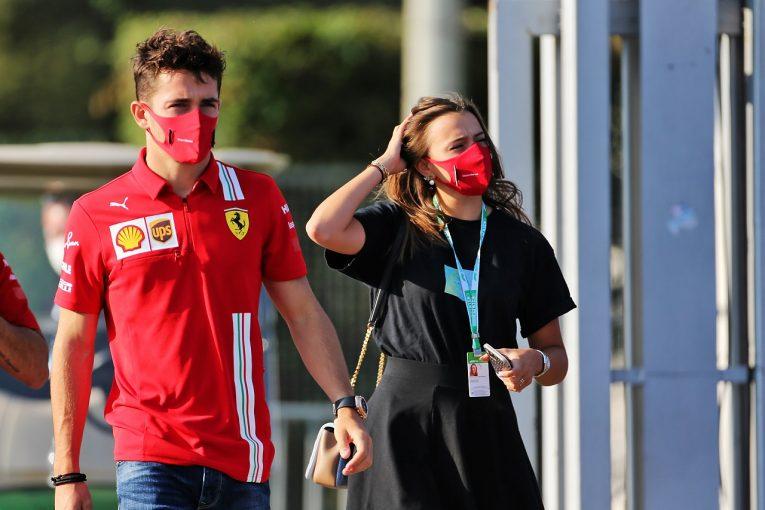 F1 | ルクレール「1ラップペースは予想以上、ロングランは予想以下だった」フェラーリ【F1第8戦金曜】