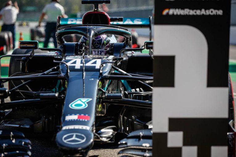F1   予選モード禁止導入も、ハミルトンがモンツァで7度目のポール。3番手にサインツJr.【F1イタリアGP予選レポート】