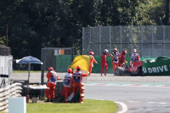 2020年F1第8戦イタリアGP決勝 シャルル・ルクレール(フェラーリ)がクラッシュ
