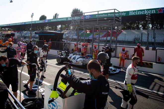 2020年F1第8戦イタリアGP 決勝赤旗中のピエール・ガスリー(アルファタウリ・ホンダ)