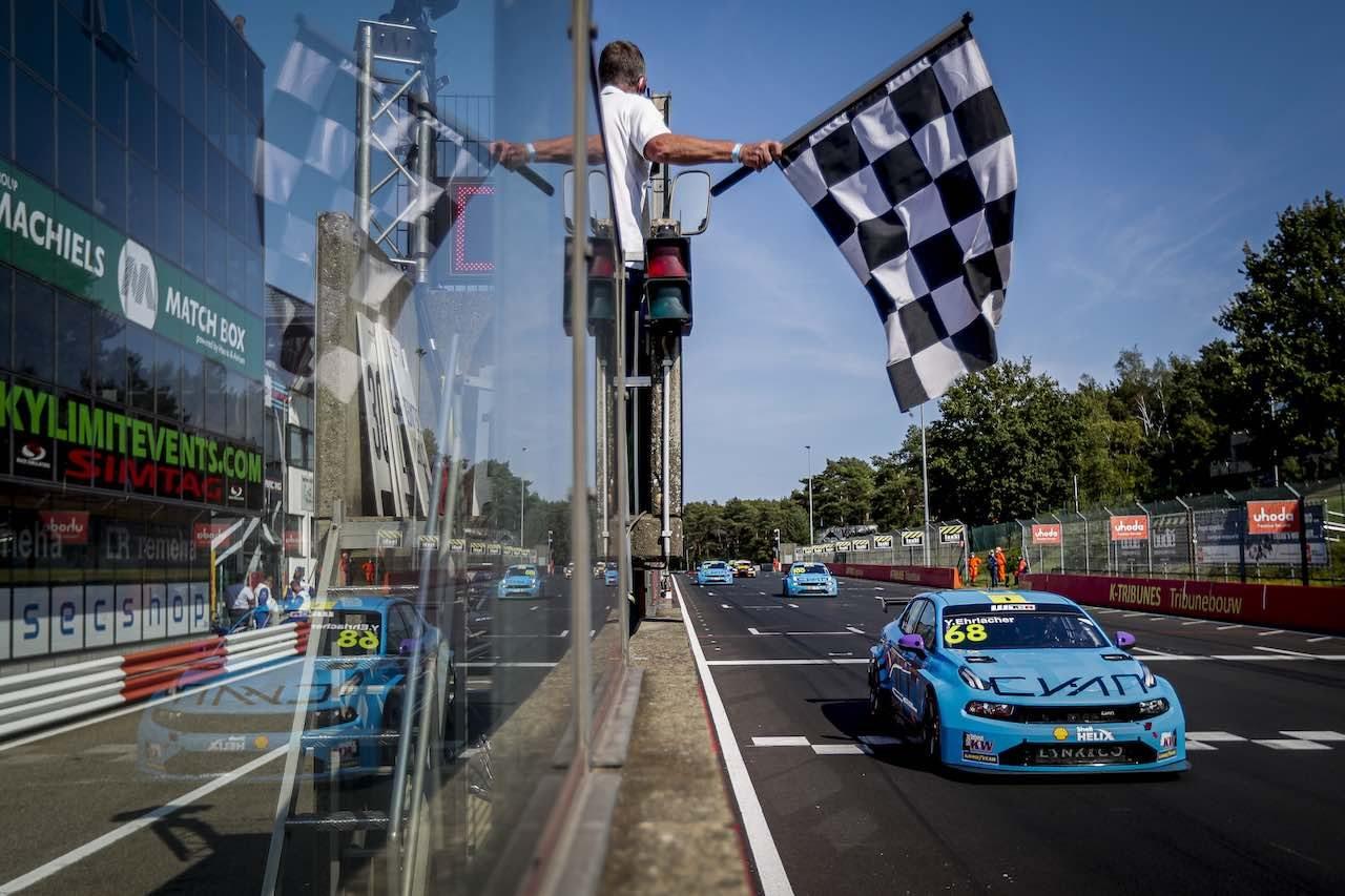 WTCR開幕戦:ホンダ・シビックのジロラミ先勝も、Lynk&Co軍団が表彰台を独占
