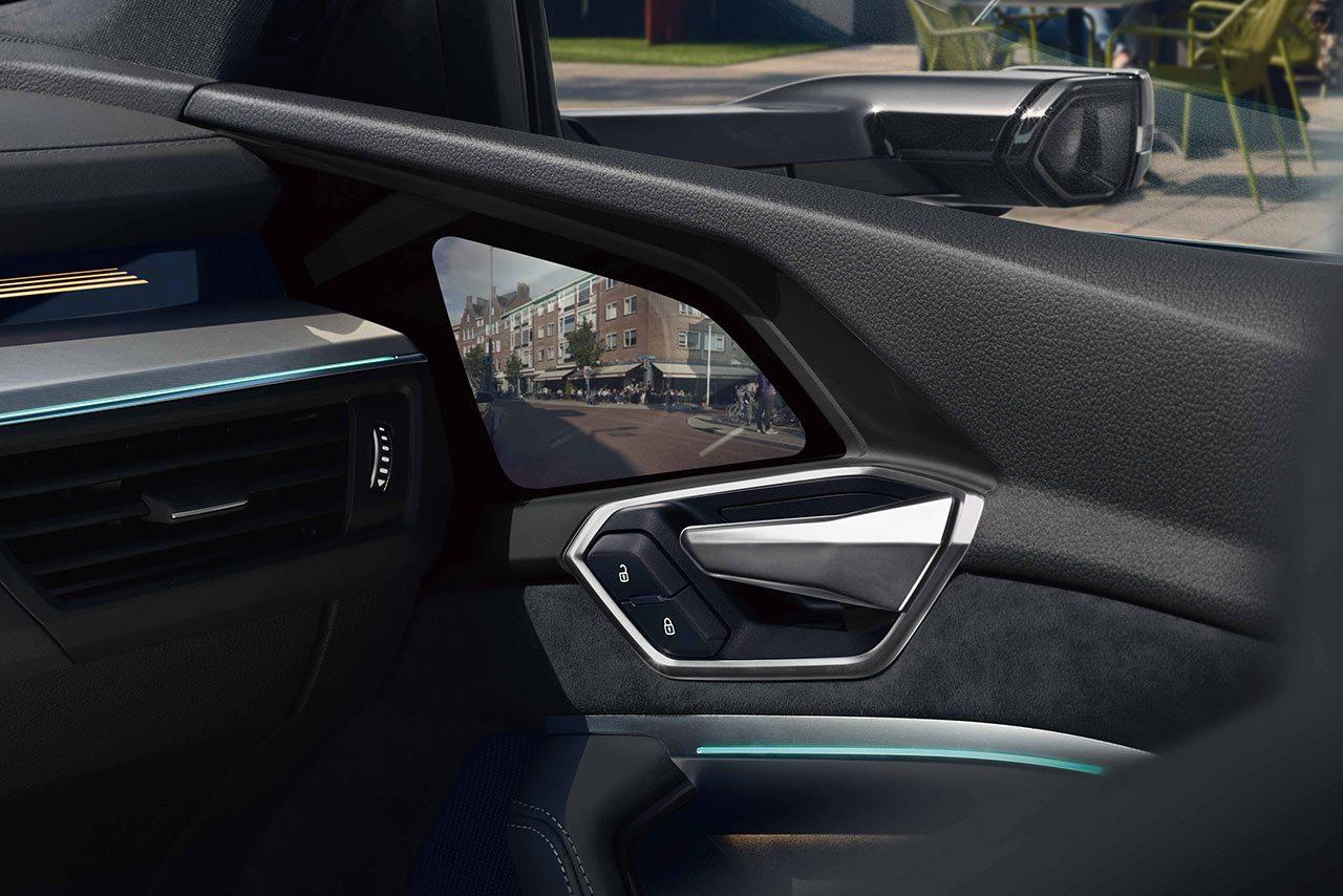 アウディ、電気自動車e-tron Sportbackを発売。「年内の目標販売台数は200台。今後日本でも電動化を加速」