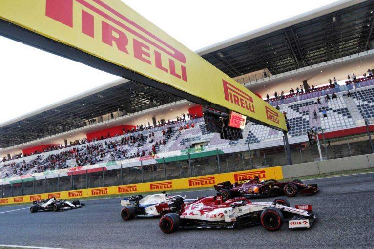 F1 | 【F1第9戦無線レビュー(1)】ライコネン「見たか?オレの前にいたヤツら、みんな全開で突っ込んで行ったよ」