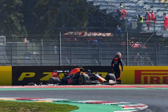 F1 | トラブルに怒りを示すフェルスタッペンにレッドブルF1代表が理解示す「ホンダとともに問題解決に注力している」
