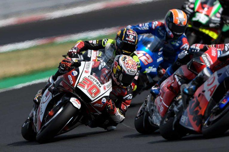 MotoGP   中上貴晶「厳しいグリッドから6位を獲得できてうれしい」/MotoGP第8戦決勝