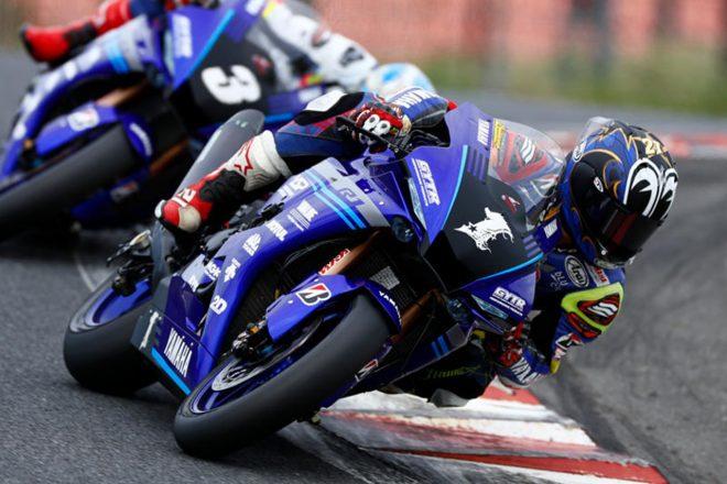MotoGP | ヤマハ同士の接触で転倒した中須賀「行き過ぎの行為はしてはいけないと話をした。これに関してはこれで終わり」/全日本ロード第3戦