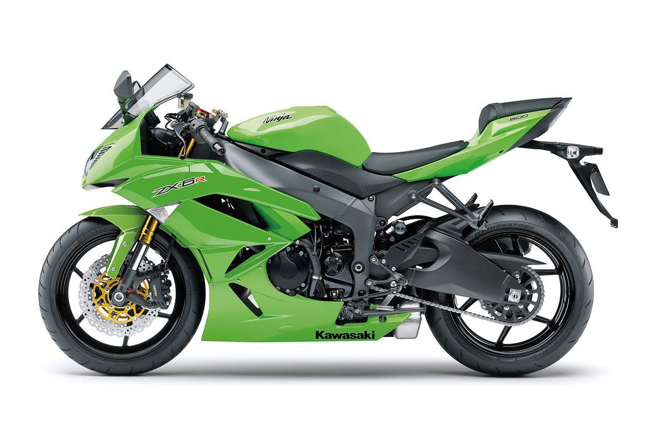 カワサキ、レース専用モデル『Ninja ZX-6R』を特別販売。10月22日まで予約受付