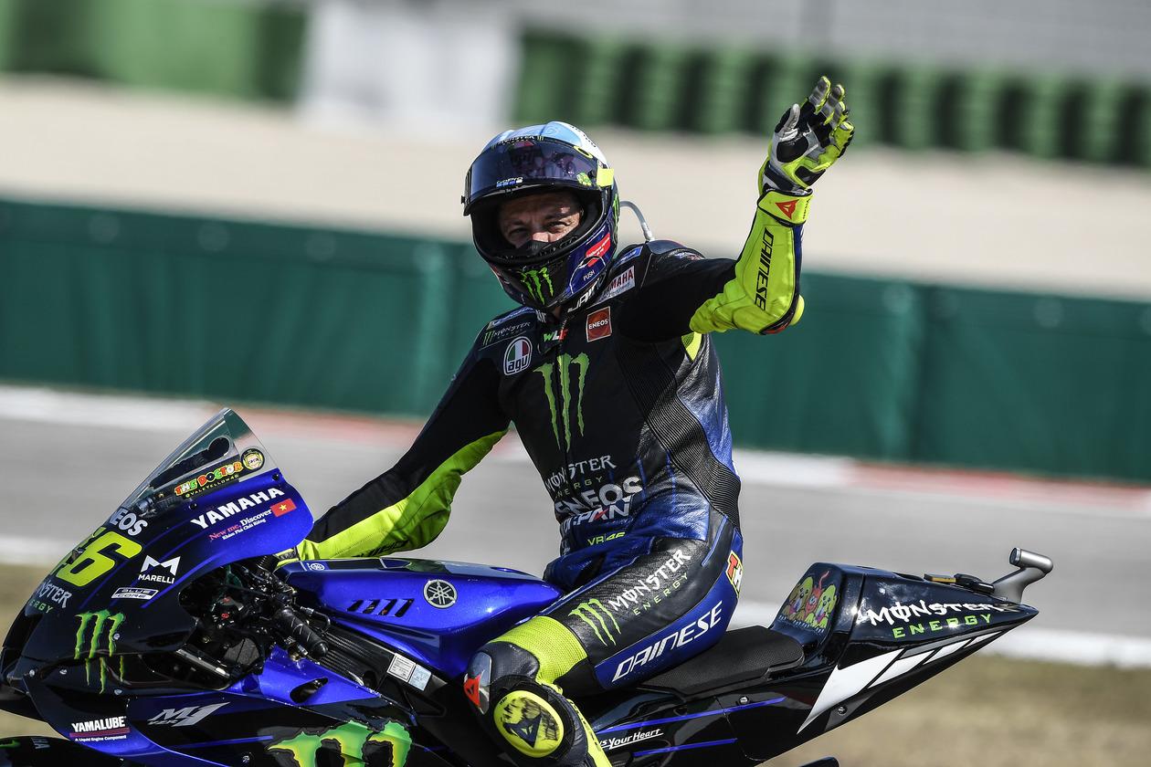 MotoGP:バレンティーノ・ロッシ、現役続行へ。2021年はペトロナス・ヤマハSRTからフル参戦