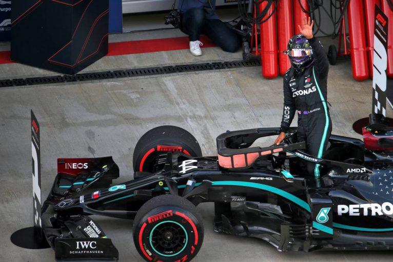 F1 | Q2敗退の危機を免れたハミルトンが8度目のポール。フェルスタッペンが2番手に並ぶ【予選レポート/F1第9戦】