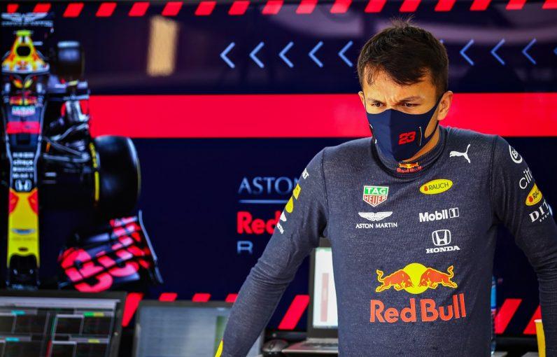 F1 | アルボン予選10番手「Q3で思うように向上せず困惑している」レッドブル・ホンダ【F1第10戦】