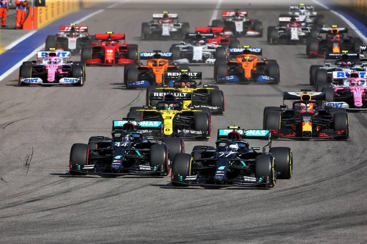 2020年F1第10戦ロシアGP 決勝スタートシーン