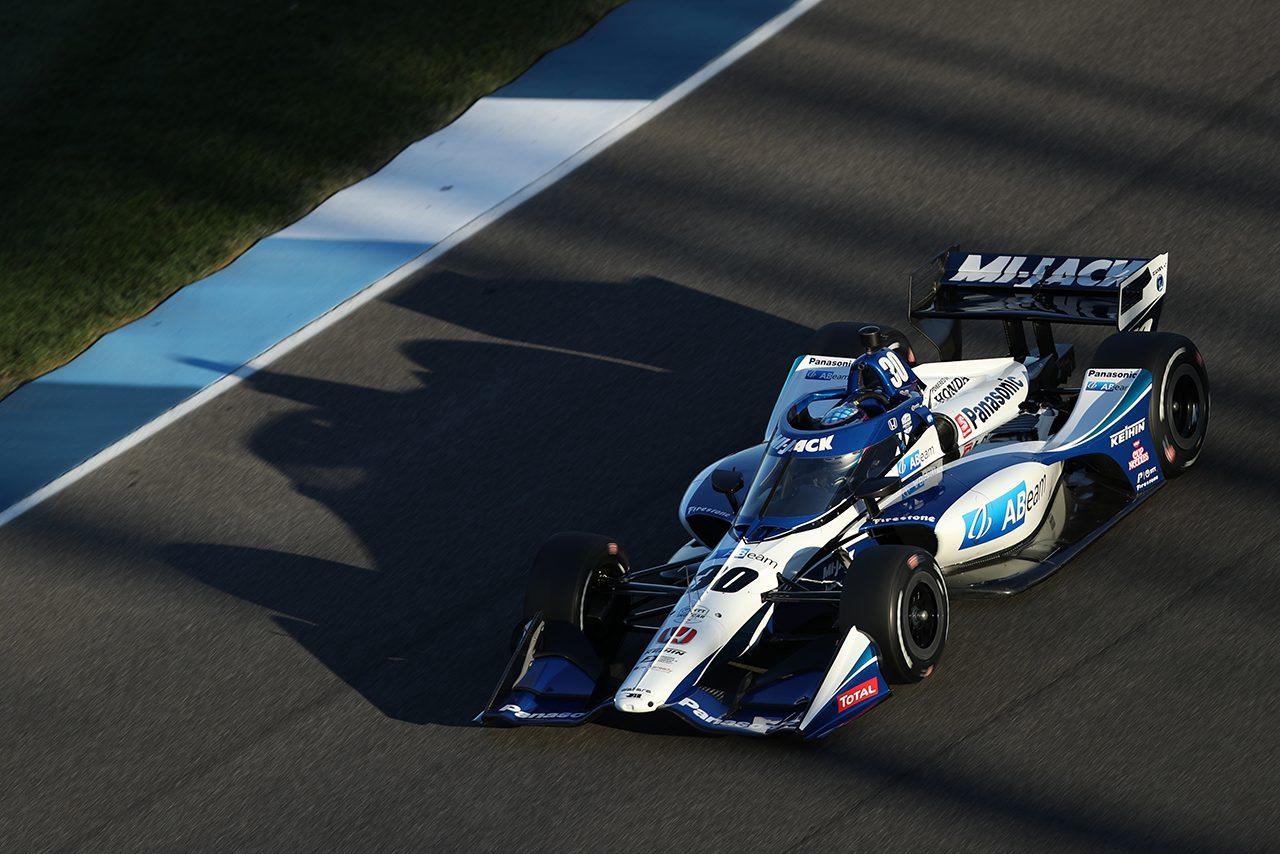 インディカー第12戦ハーベストGP予選:新人ヴィーケイが初ポール獲得。琢磨は手痛いコースアウト