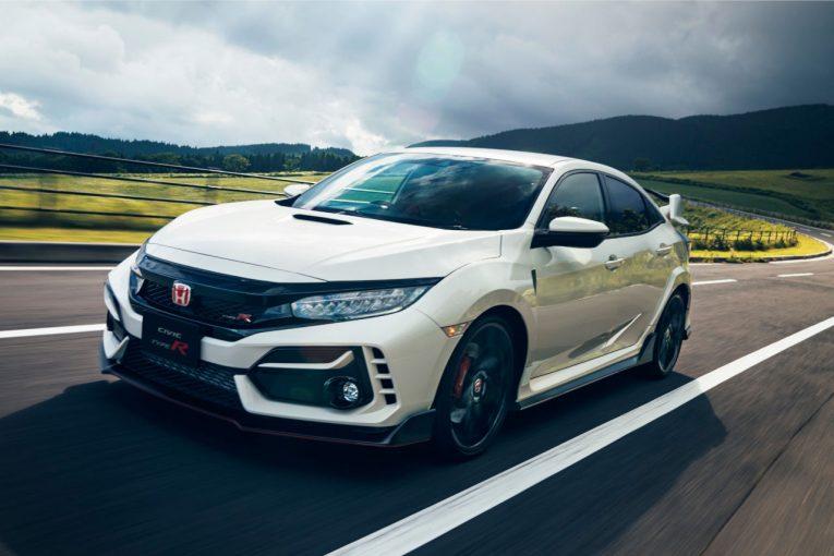 クルマ | ホンダ、走りを進化させた新型『シビック・タイプR』発表。国内200台限定車は11月30日発売
