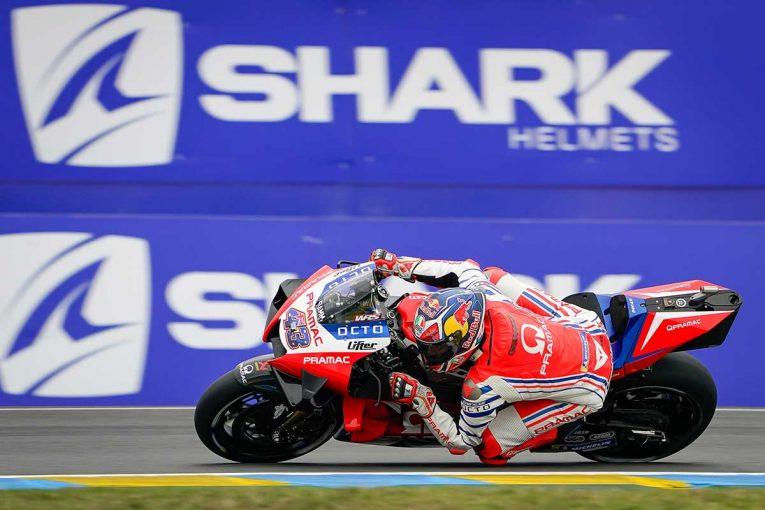 MotoGP | MotoGP第10戦:ウエットから変化する路面状況のなか、ミラーが初日総合トップ。中上は総合3番手