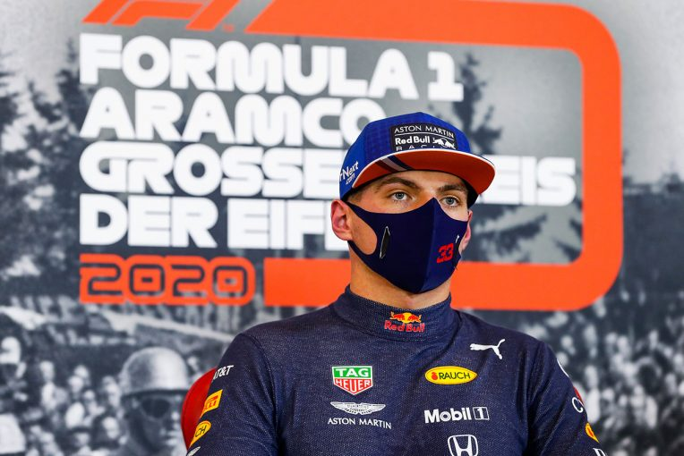 F1   【気になる一言】「僕はアンダーステアが嫌いなんだ」メルセデスとの差を縮めたフェルスタッペン、マシンの進化を確信
