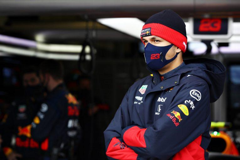 F1 | アルボン、ペナルティの後トラブルでリタイア「悔しい結果。自分のミスも残念」レッドブル・ホンダ【F1第11戦】