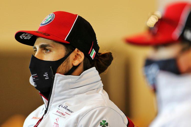 F1 | ジョビナッツィ10位「トリッキーなコンディションをうまく乗り切れた」アルファロメオ【F1第11戦決勝】