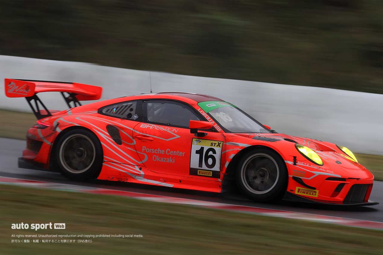 #16 Porsche Center Okazaki GT3R(永井宏明/上村優太)