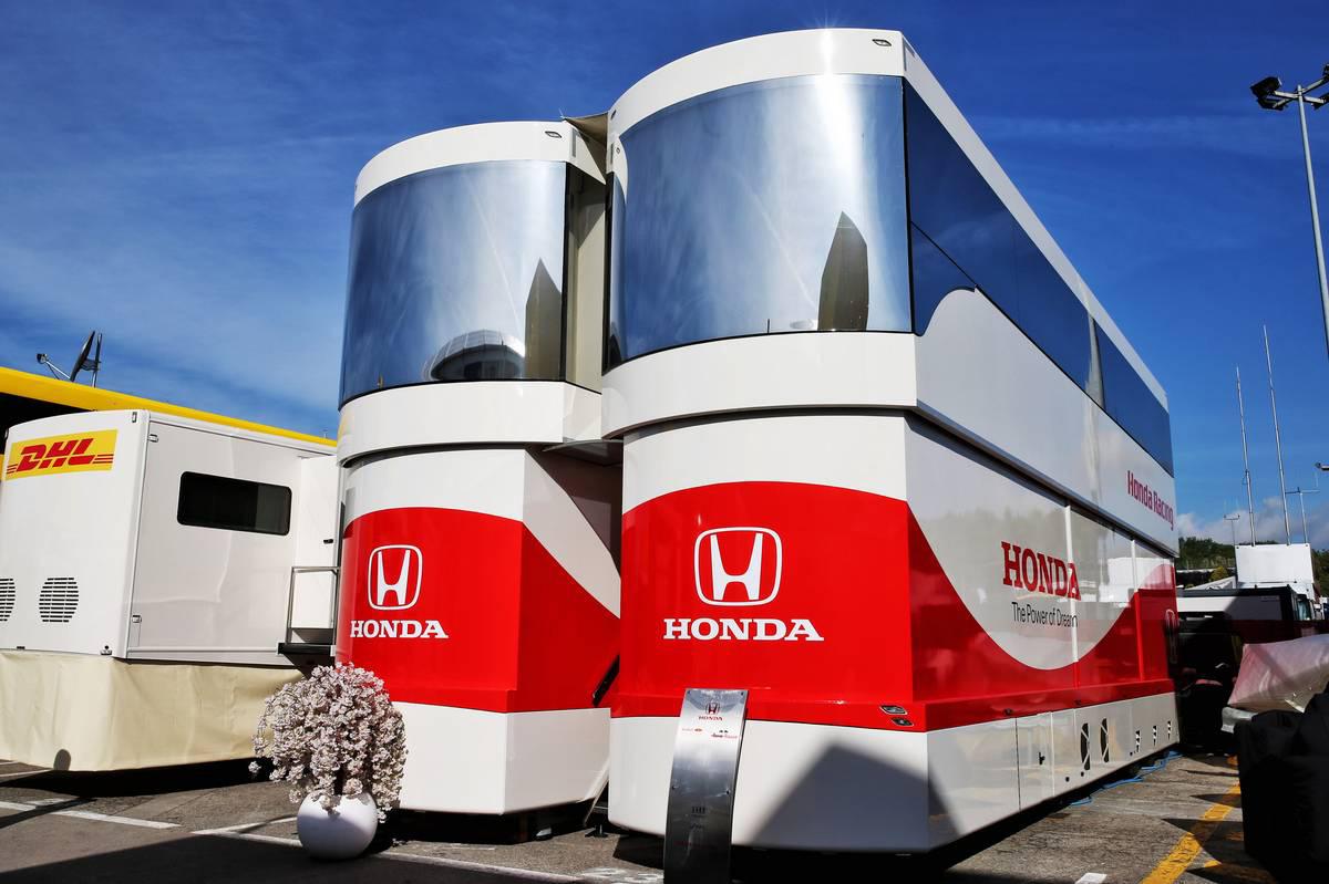 2019年F1スペインGP パドックに建てられたホンダのモーターホーム
