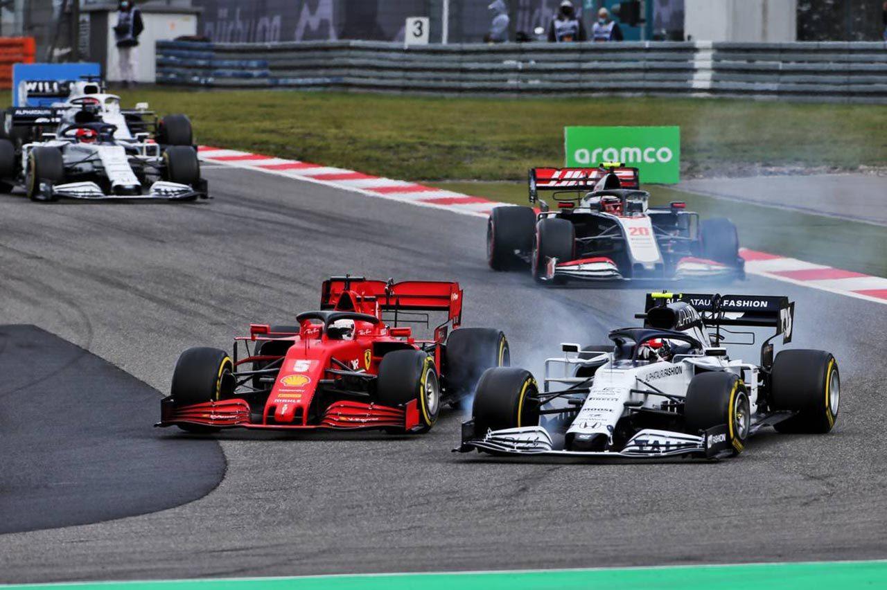 2020年F1アイフェルGP1コーナー
