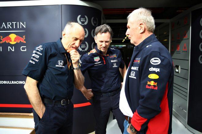 アルファタウリ代表フランツ・トスト、レッドブル代表クリスチャン・ホーナー、レッドブル・モータースポーツコンサルタントのヘルムート・マルコ