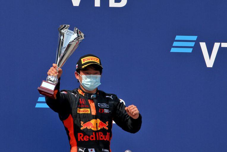 F1   角田裕毅インタビュー:「将来的にフェルスタッペンを超えて世界一になる」【大谷達也のモータースポーツ時評】