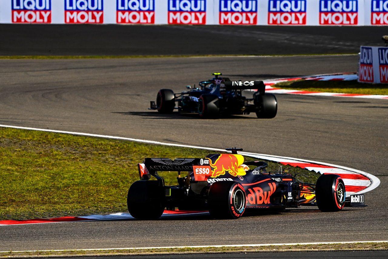 2020年F1第11戦アイフェルGP マックス・フェルスタッペン(レッドブル・ホンダ)とバルテリ・ボッタス(メルセデス)