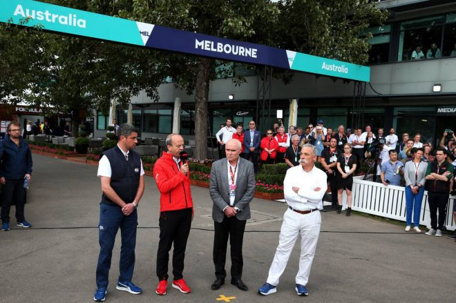 2020年F1オーストラリアGP/左からマイケル・マシ(FIAレースディレクター)、アンドリュー・ウェスタコット、ポール・リトル(オーストラリアGPコーポレーション)、チェイス・キャリー(F1CEO)