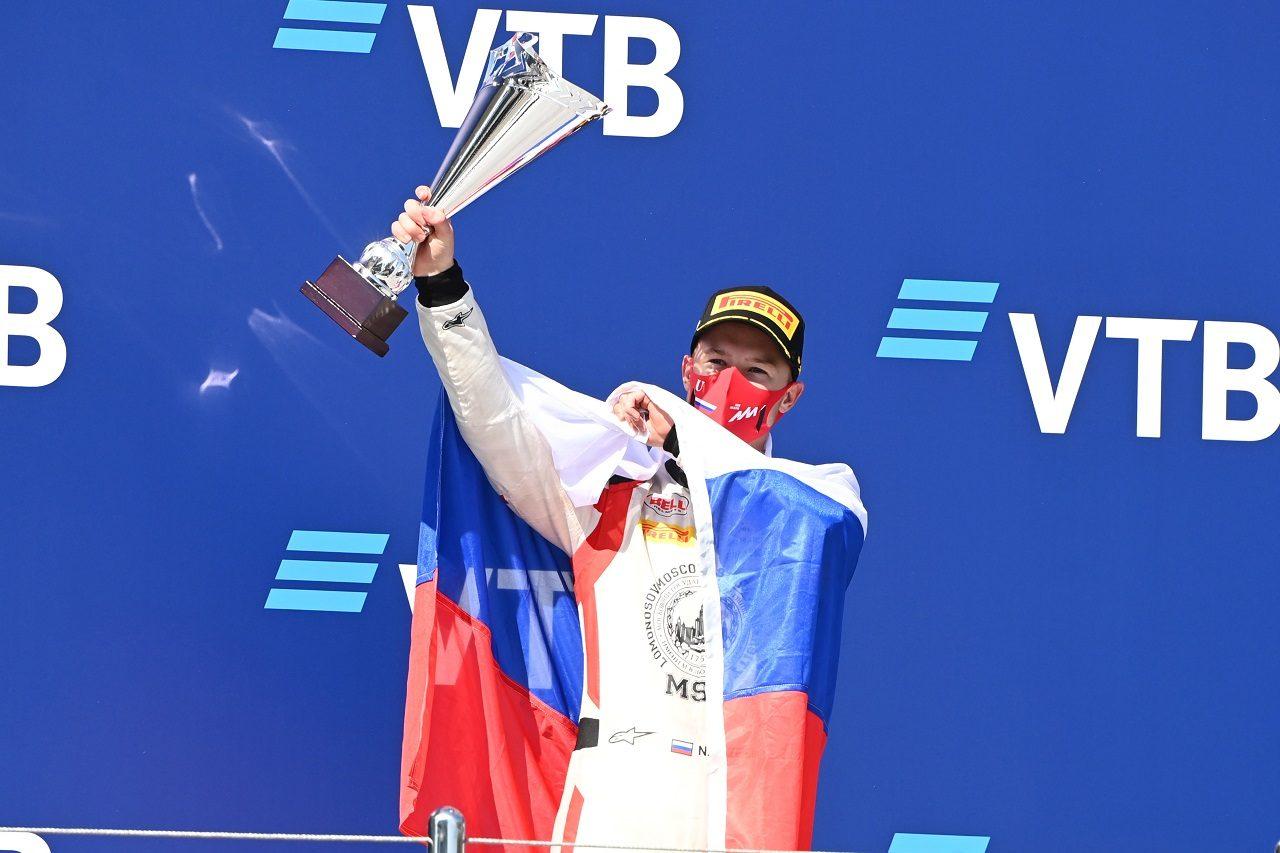 2020年F2ソチで表彰台に上ったニキータ・マゼピン(ハイテック)