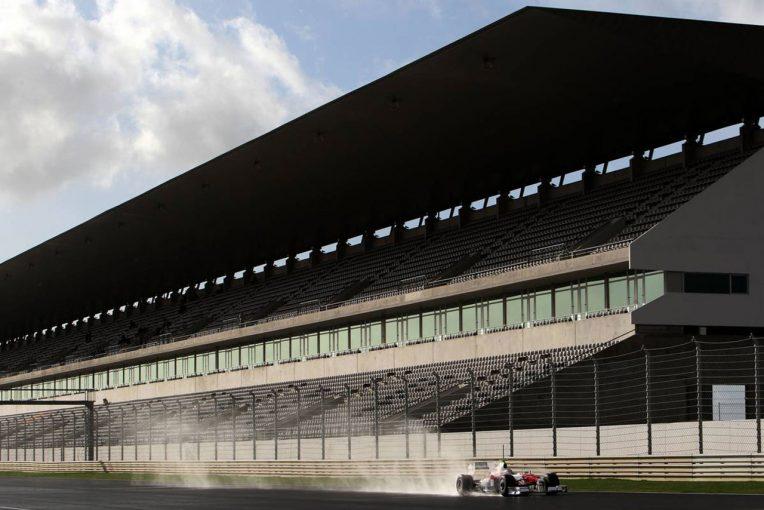 F1   ポルトガルでの新型コロナウイルス規則が厳格化。今週末のグランプリは観客の入場者数を削減へ