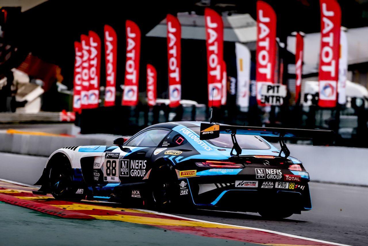 スパ24時間:バンプ路面のSPで88号車メルセデスがポール獲得。可夢偉組フェラーリは8列目スタートに
