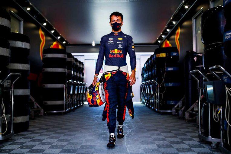 F1   【気になる一言】「シートを決めるのは僕の仕事じゃない」今後のパフォーマンスに注目が集まるアルボン