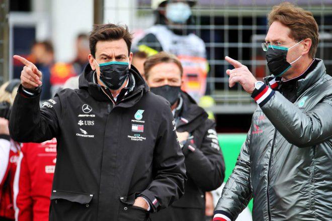 2020年F1第11戦アイフェルGP トト・ウォルフ(メルセデス/チーム代表)、オラ・ケレニウス(ダイムラー会長)