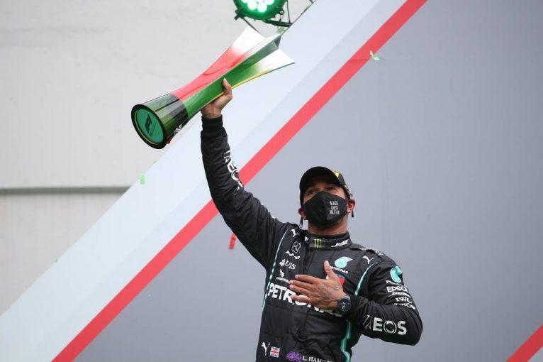 F1 | ハミルトンがポール・トゥ・ウインで通算92勝目、史上最多記録を樹立。フェルスタッペン3位【決勝レポート/F1第12戦】
