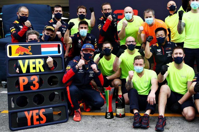 F1 | フェルスタッペン、波乱の末に3位「マクラーレンとキミの速さにショックを受けた」レッドブル・ホンダ【F1第12戦決勝】